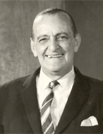 Conmemoración : un artículo que recuerda a mi tío Pedro De Lille